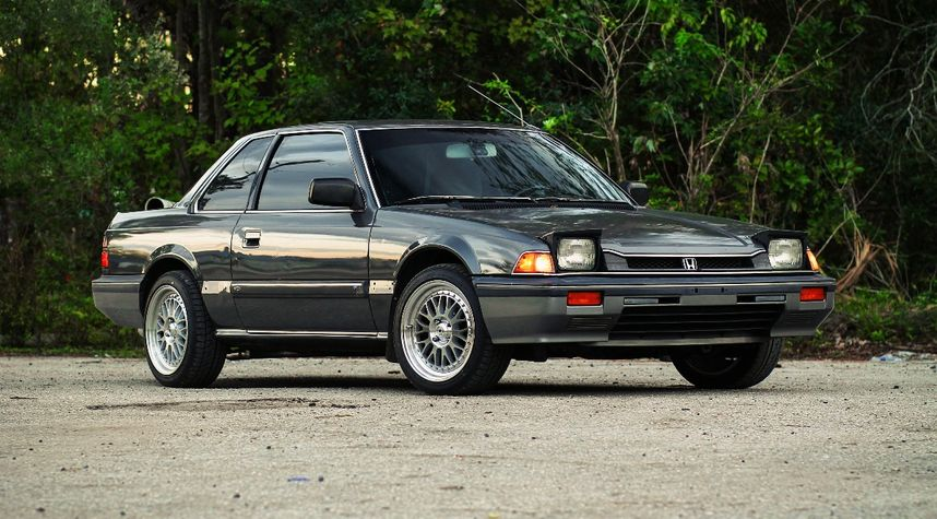 Main photo of Austin Klaiber's 1985 Honda Prelude