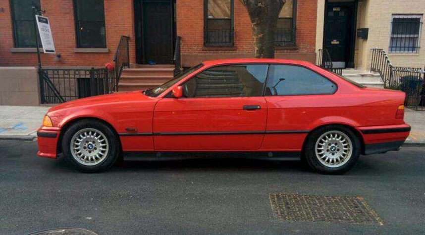Main photo of Sniffy Buttermilk's 1995 BMW 3 Series