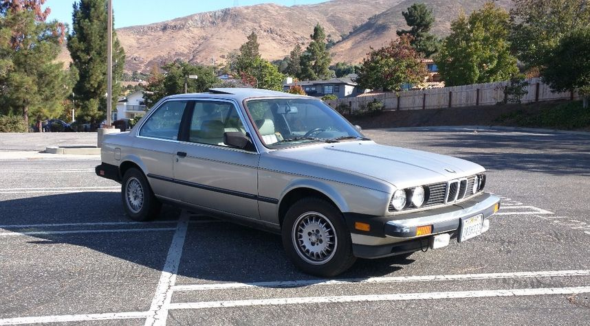 Main photo of Kendall Dunn's 1984 BMW 325