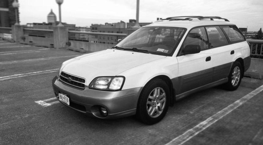 Main photo of Cory Andolora's 2002 Subaru Outback