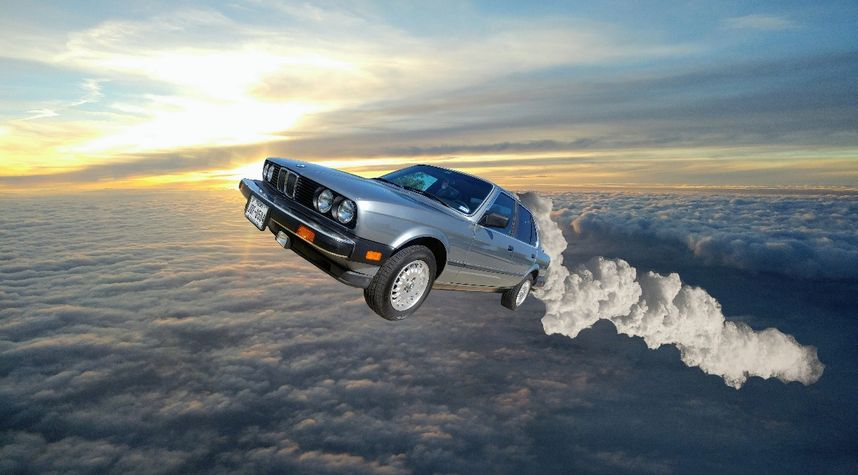 Main photo of Roger Roger's 1985 BMW 325