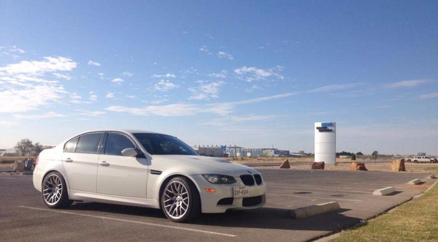Main photo of Will Handy's 2009 BMW M3