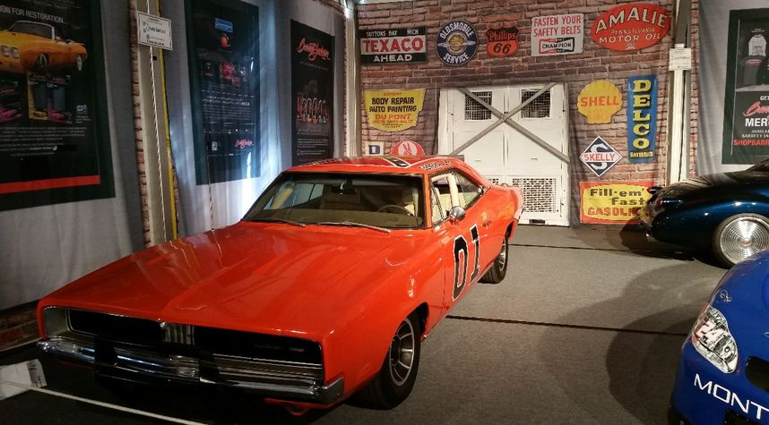 Main photo of Robert Spence's 1969 Dodge Charger