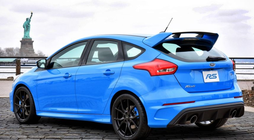 Main photo of Piero Lisse's 2017 Ford Focus RS