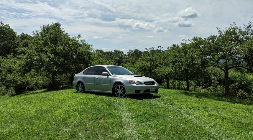 Main photo of Daniel Rodriguez's 2005 Subaru Legacy