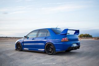 homepage tile photo for Gorgeous picture of the evo!
