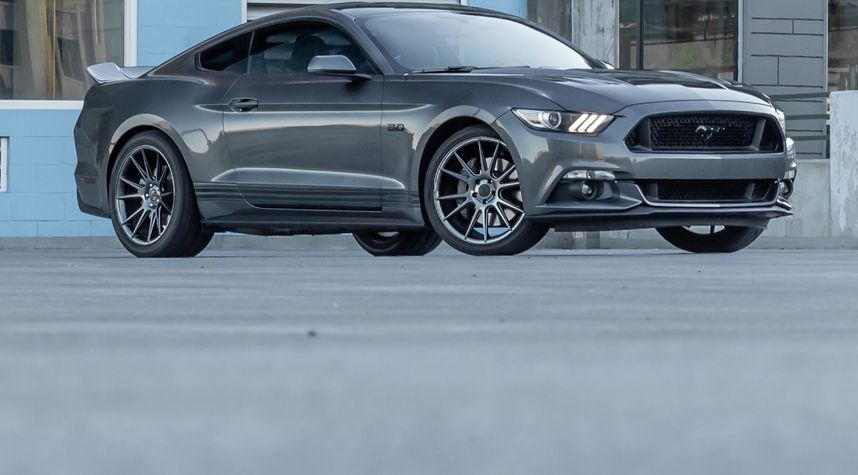 Main photo of Tyler Penner's 2015 Ford Mustang