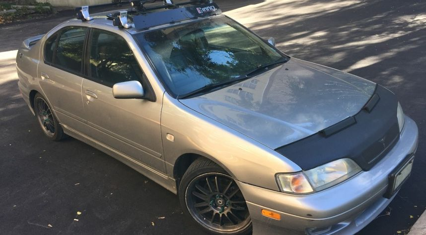 Main photo of Dennis Goriachev's 2001 Infiniti G20