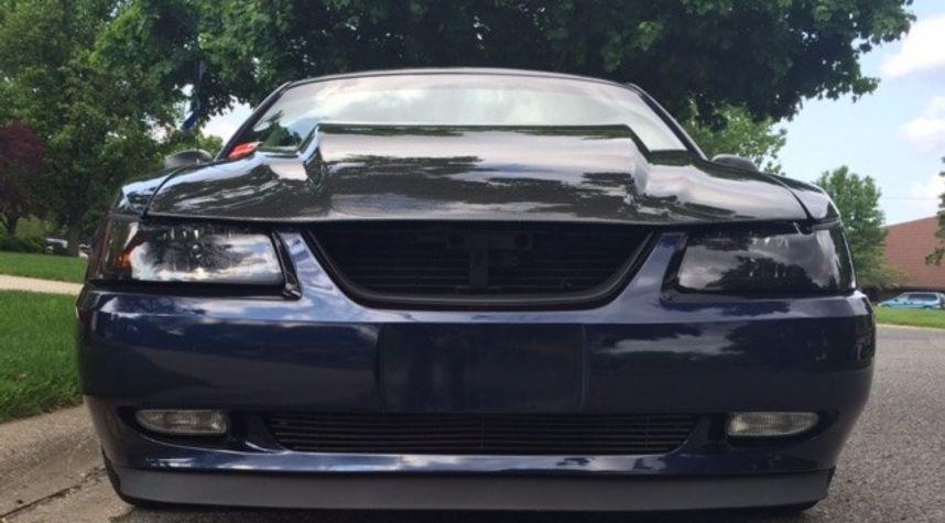 Main photo of Josh Winfrey's 2001 Ford Mustang