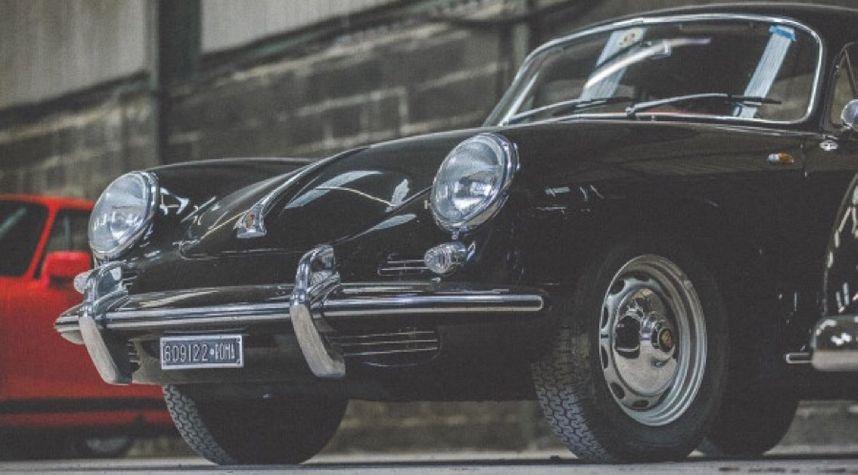 Main photo of Frank Cassidy's 1963 Porsche 356