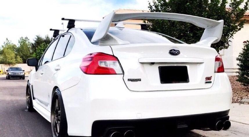 Main photo of Emilio Luna's 2015 Subaru WRX