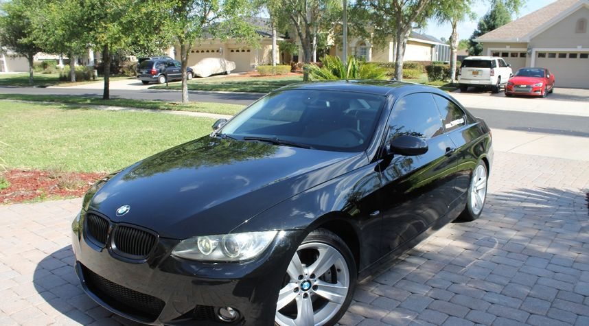 Main photo of Spencer Missbach's 2009 BMW 3 Series