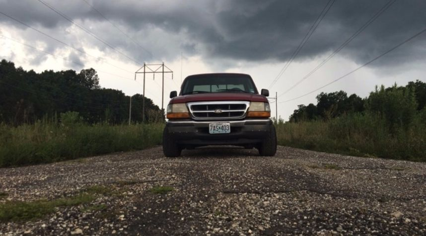 Main photo of Michael Watson's 1998 Ford Ranger