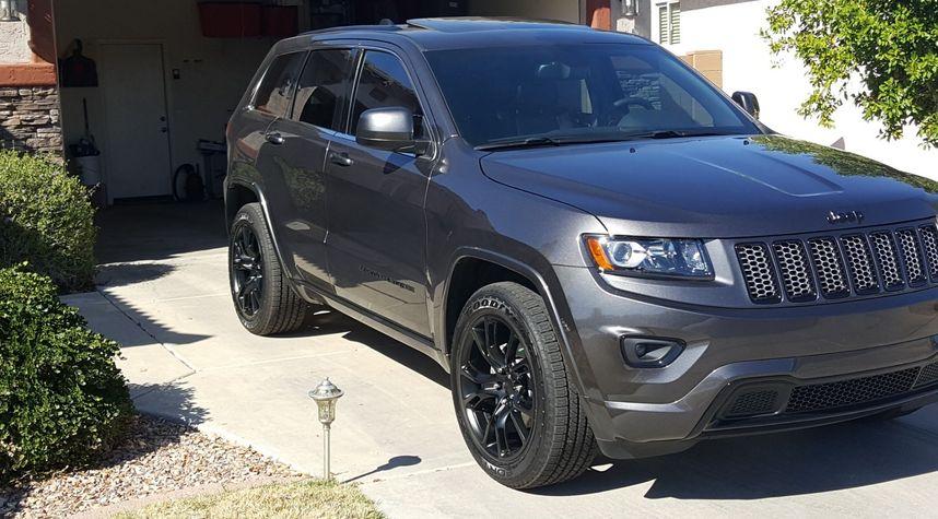 Main photo of Troy Bacon's 2015 Jeep Grand Cherokee