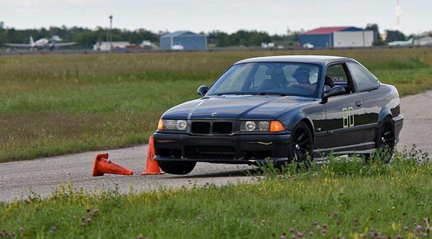 Main photo of Jessie Ghattora's 1995 BMW M3