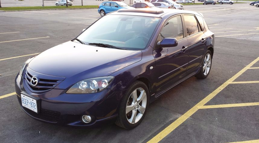 Main photo of Dinal Gunasekara's 2004 Mazda MAZDA3