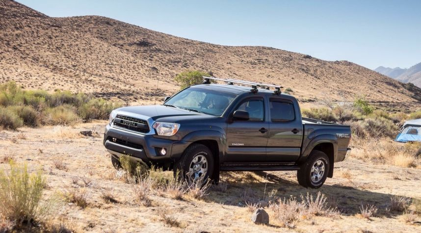 Main photo of Jay Donguyen's 2015 Toyota Tacoma