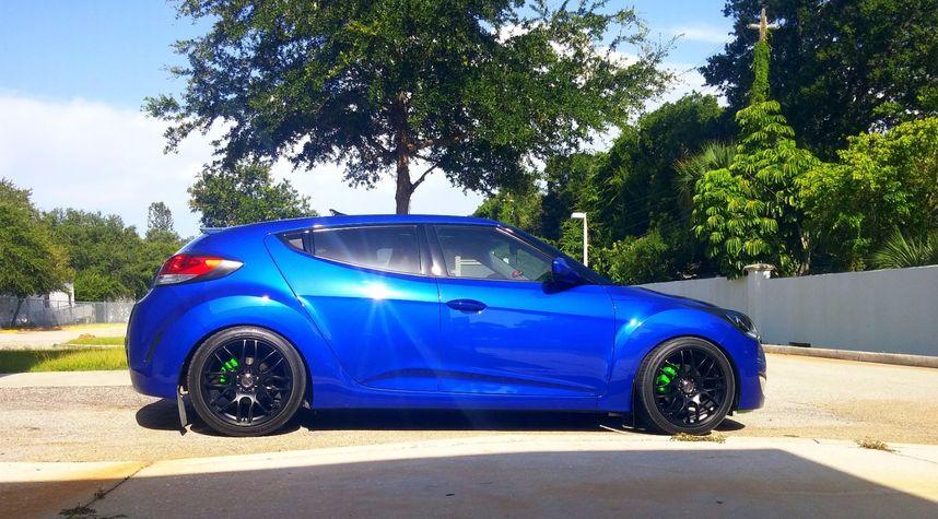 Main photo of Brandon Urban's 2012 Hyundai Veloster