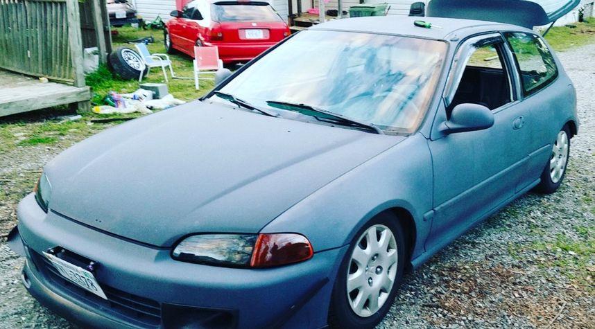 Main photo of Josh Fee's 1992 Honda Civic