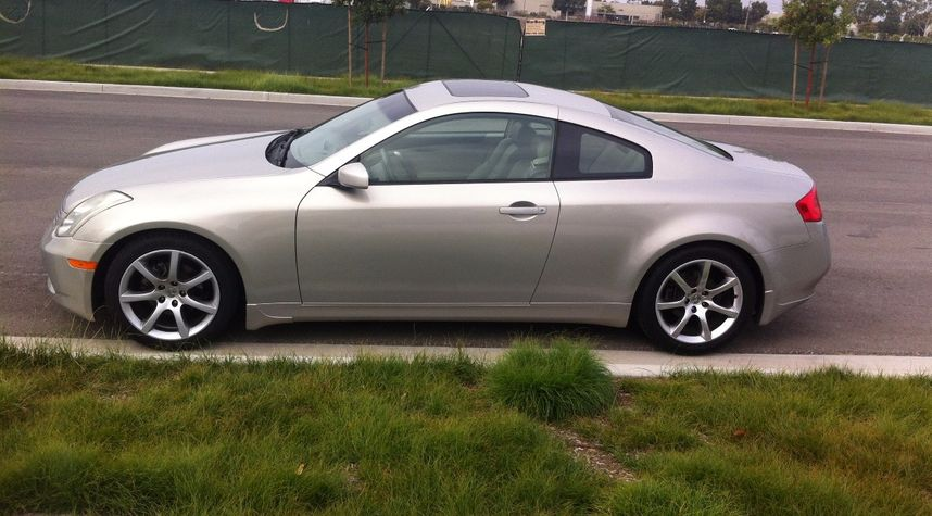 Main photo of Scott yo's 2004 Infiniti G35
