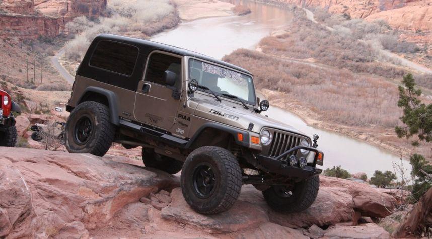 Main photo of Ethan Howell's 2006 Jeep Wrangler