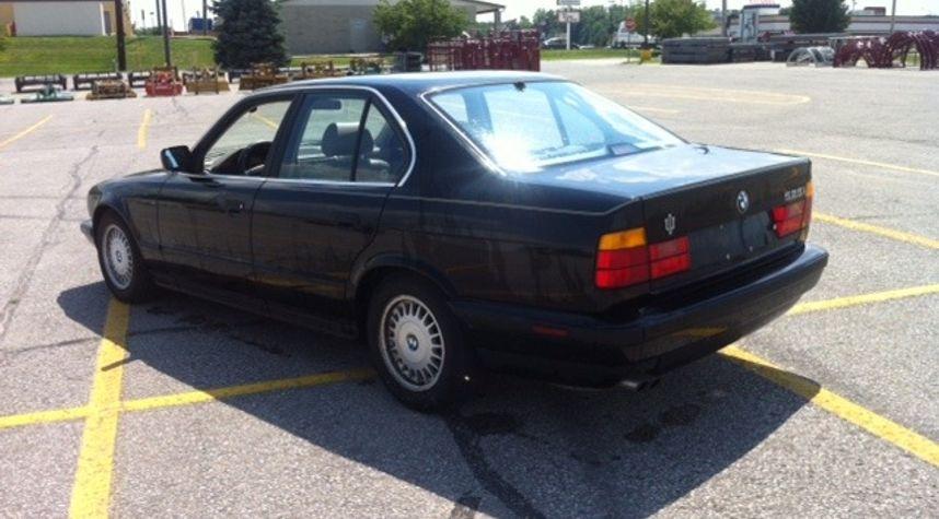 Main photo of Josh Kohlmeier's 1991 BMW 525i