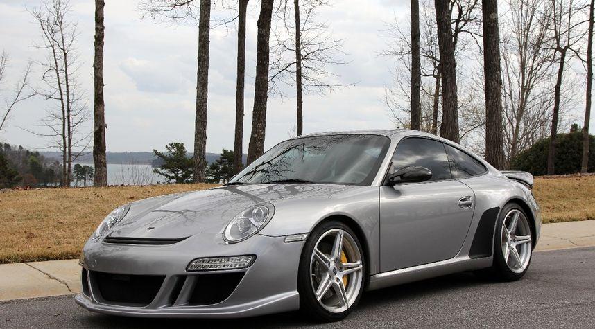 Main photo of Pete Dolfis's 2005 Porsche 911