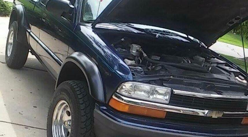 Main photo of Zachary Bistue's 1999 Chevrolet S-10