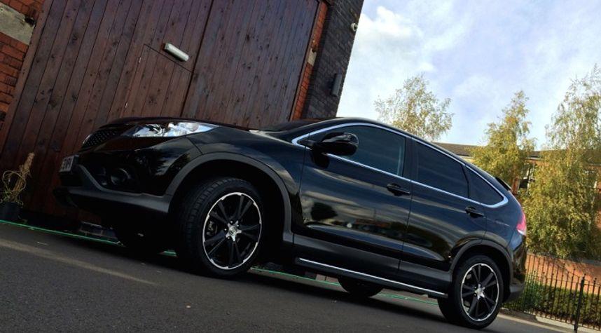 Main photo of Tabitha Blagdon's 2013 Honda CR-V