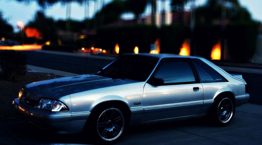 Main photo of Geoff Duemer's 1992 Ford Mustang