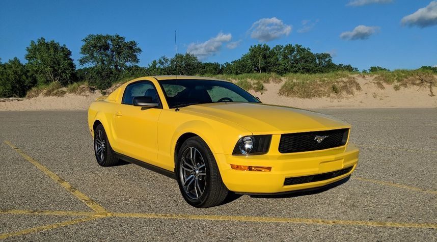 Main photo of Nate Johnson's 2006 Ford Mustang