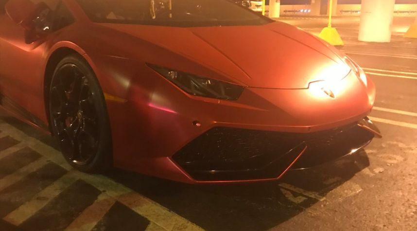 Main photo of Anthony Haddad's 2016 Lamborghini Aventador