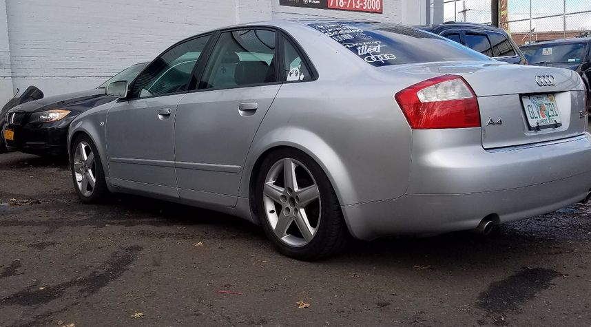 Main photo of Jason Osullivan's 2003 Audi A4