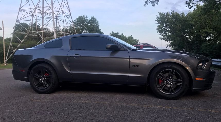 Main photo of Zach Crum's 2014 Ford Mustang