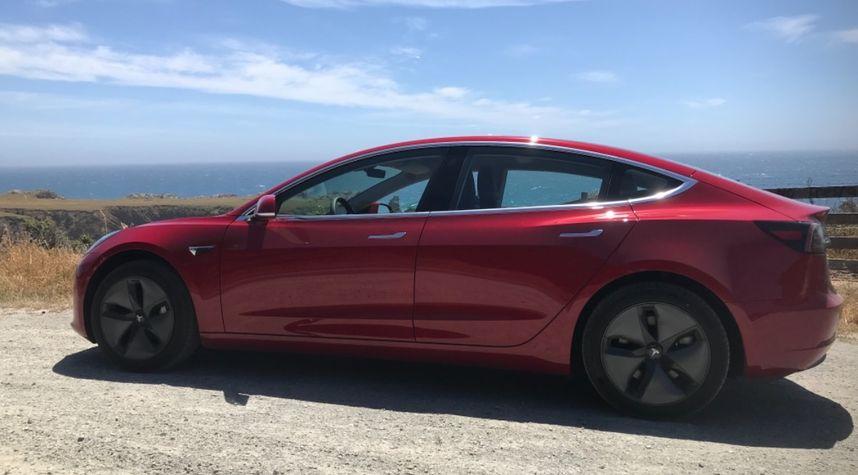 Main photo of Shawn Flint's 2018 Tesla Model 3