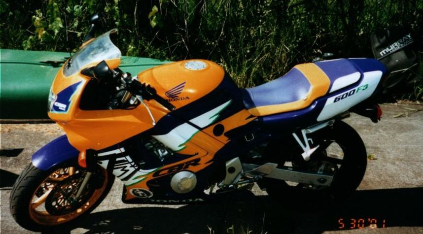 Main photo of Josh Reed's 1996 Honda CBR 600 f3