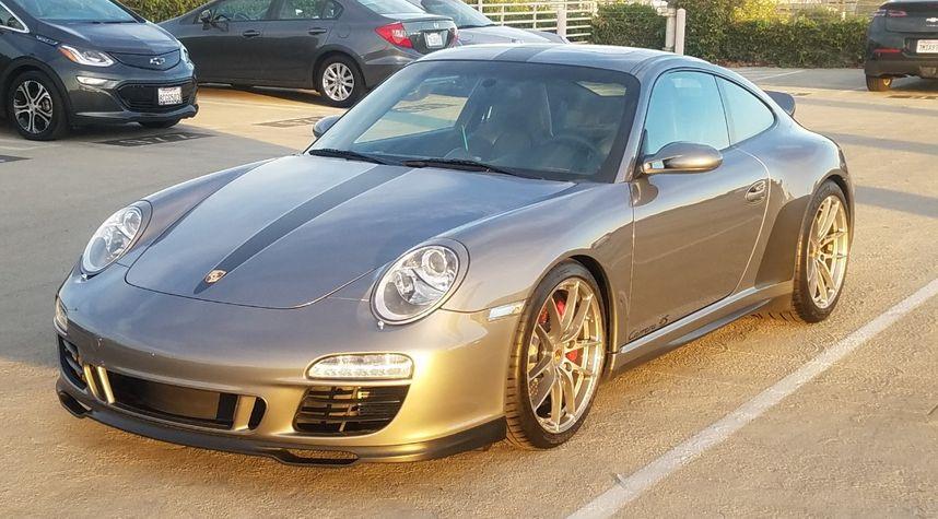 Main photo of Bill Diaz's 2006 Porsche 911