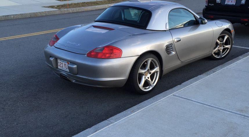 Main photo of Frank Case's 2004 Porsche Boxster