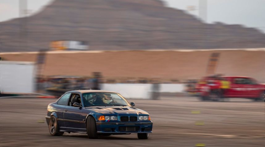Main photo of Russell Gourlie's 1995 BMW M3