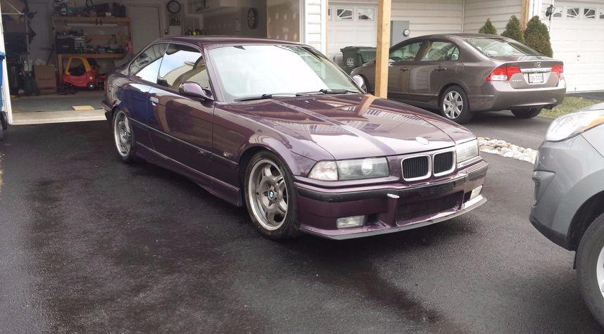 Main photo of T-WRX's 1995 BMW M3
