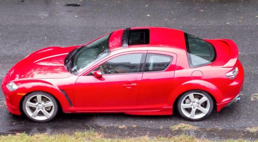 Main photo of Dominic Quaresimo's 2004 Mazda RX-8
