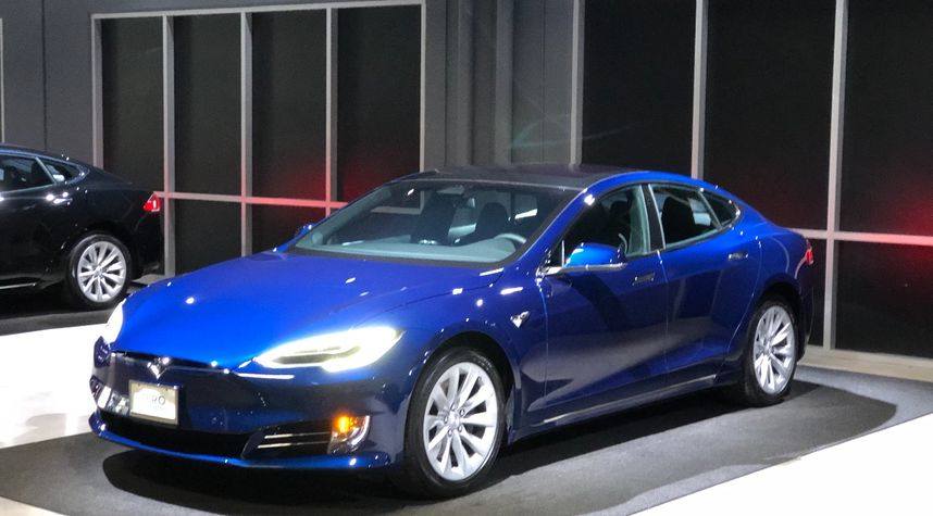 Main photo of Jahan Minoo's 2017 Tesla Model S