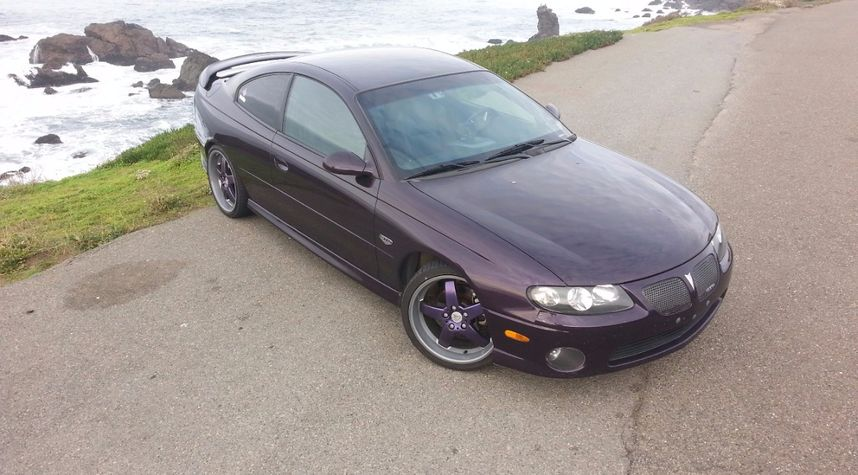 Main photo of Sean Simons's 2004 Pontiac GTO