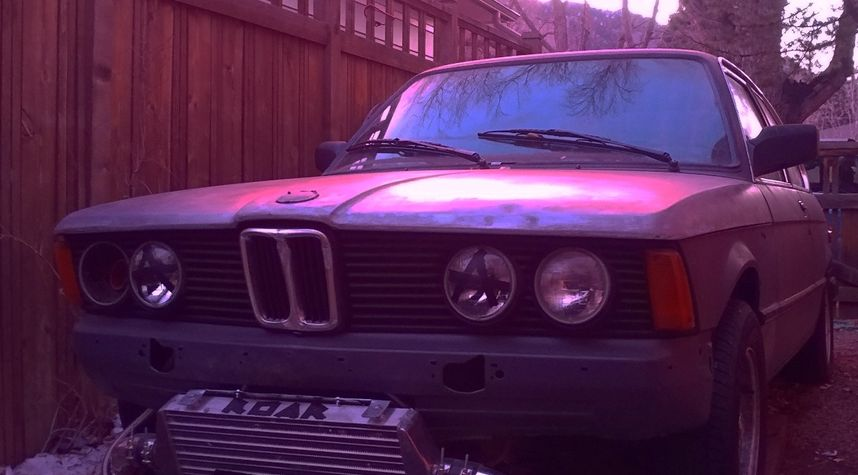 Main photo of Henry Anderson's 1982 BMW 320