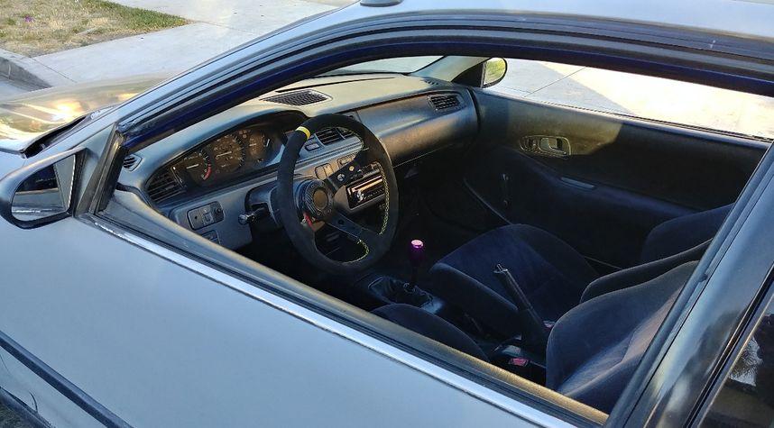 Main photo of Arnoldo Macias's 1993 Honda Civic