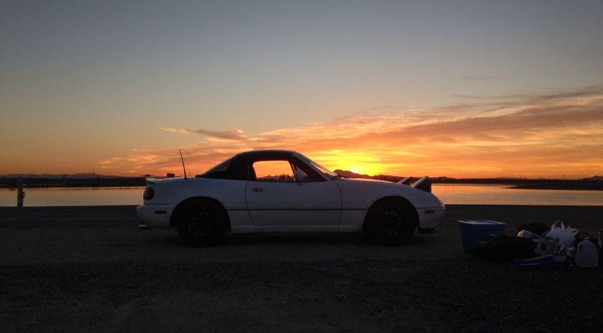 Main photo of Tom McDaniel's 1991 Mazda MX-5 Miata