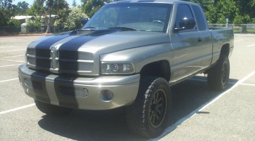 Main photo of Shawn Scroggin's 1999 Dodge Ram Pickup 1500