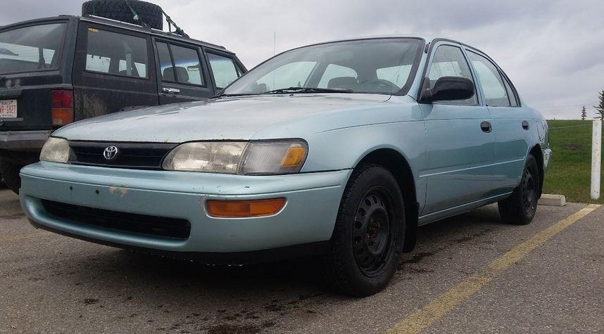 Main photo of Tom Mclastname's 1996 Toyota Corolla