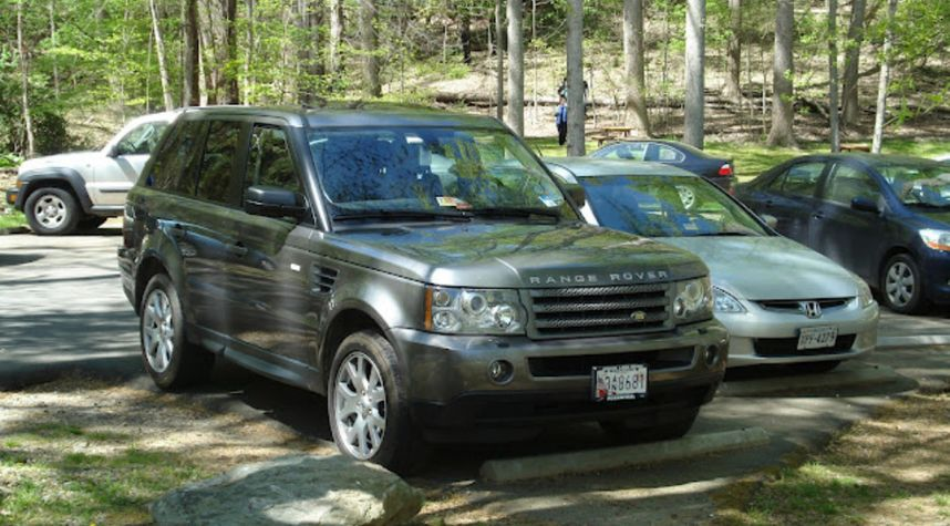 Main photo of William Byrd's 2009 Land Rover Range Rover Sport