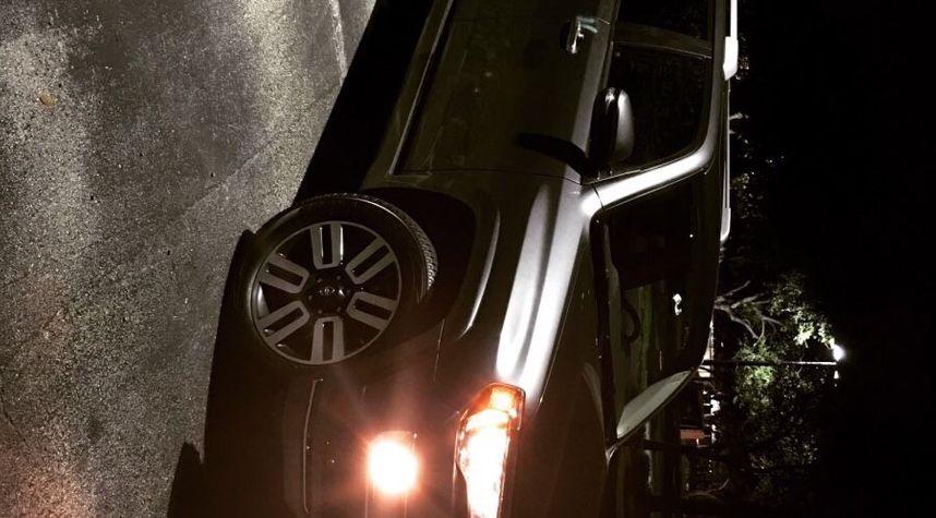 Main photo of Andres Diaz's 2016 Toyota 4Runner